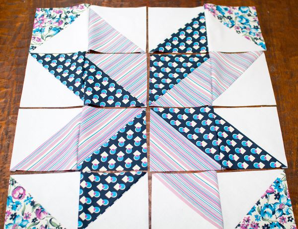 Stitches in Play: star block tutorial + triangle piecing trick : big star quilt block - Adamdwight.com